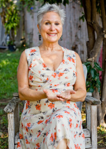 Forever Fabulous! with Guest Dr. Sirena  Pellarolo – Helping Midlife Women Thrive From the Inside Out